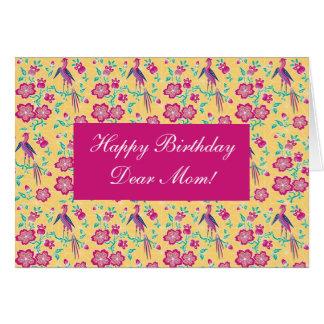 Tarjeta floral de la mamá del feliz cumpleaños del