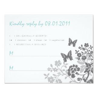 """Tarjeta floral de la respuesta de las mariposas invitación 4.25"""" x 5.5"""""""