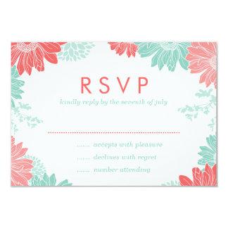Tarjeta floral moderna de RSVP del coral que se Invitaciones Personalizada