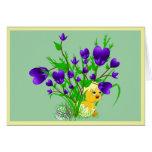 Tarjeta floreciente del polluelo de Pascua de los