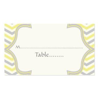 Tarjeta gris amarilla del lugar del boda del zigza