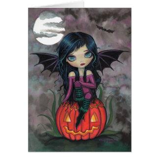 Tarjeta linda de Halloween del vampiro del duendec