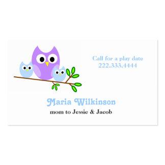Tarjeta linda de la mamá de los búhos tarjetas de visita
