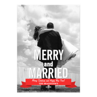 Tarjeta moderna feliz y casada de la foto del día  comunicados personalizados