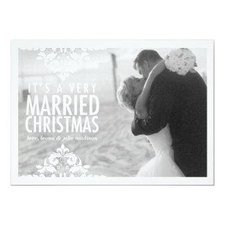 Tarjeta muy casada de la foto del día de fiesta de invitación 12,7 x 17,8 cm