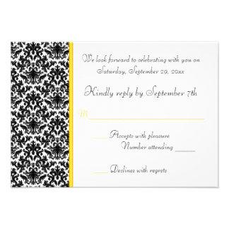 Tarjeta negra blanca amarilla de RSVP del damasc Invitacion Personalizada