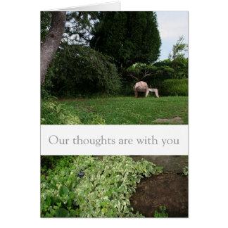 Tarjeta pacífica de las condolencias del jardín de