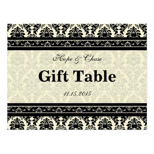 Tarjeta poner crema y negra de la tabla del regalo postal