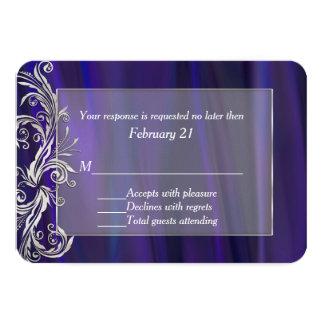 Tarjeta púrpura atractiva de la respuesta del boda comunicados