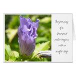 Tarjeta púrpura de la flor del zen espiritual