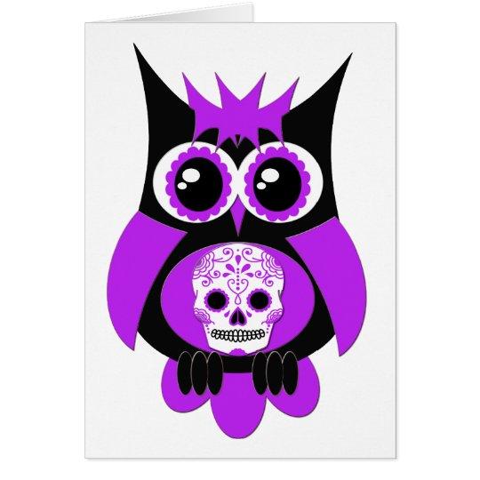 Tarjeta púrpura del búho del cráneo del azúcar