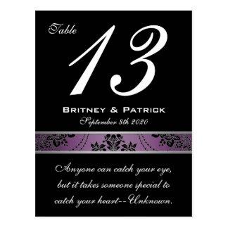 Tarjeta púrpura del número de la tabla del damasco postales