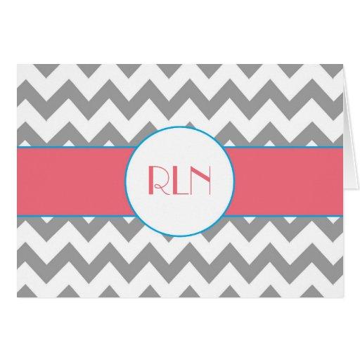 Tarjeta rayada gris y rosada del monograma de Chev