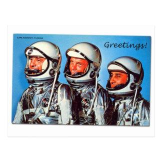 Tarjeta retra del astronauta de la NASA de Sci Fi Postales