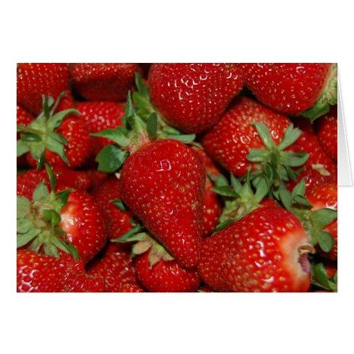 Tarjeta roja de las fresas