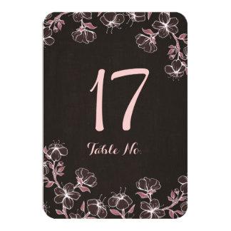 """Tarjeta rosada del número de la tabla del flor invitación 3.5"""" x 5"""""""