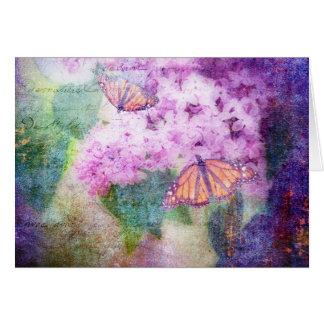 Tarjeta texturizada de las lilas y de las mariposa