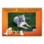 Tarjetas blancas de Halloween de la suposición del