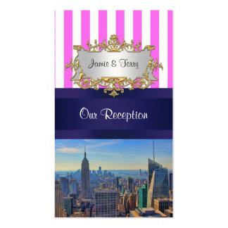 Tarjetas blancas rosadas del acompañamiento de la tarjetas de visita