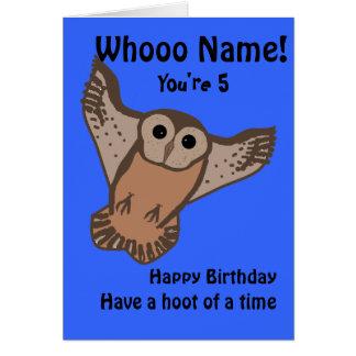 Tarjetas de cumpleaños divertidas del búho, niño c
