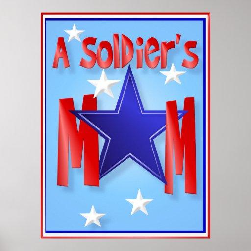 Tarjetas de la mamá de un soldado posters
