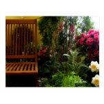 """Tarjetas de Seat de jardín de flores"" Postal"