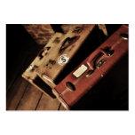 Tarjetas de visita de las maletas del vintage