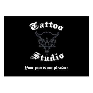 Tarjetas de visita del tatuaje