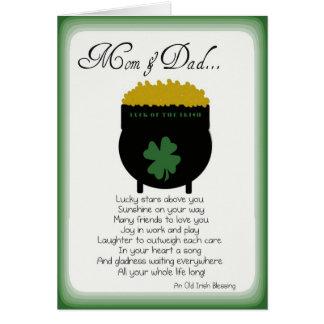 Tarjetas del día de St Patrick para la mamá y el p