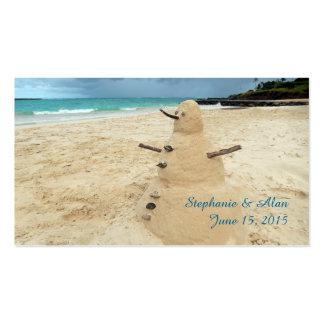 Tarjetas del lugar del boda de playa del muñeco de tarjetas de visita