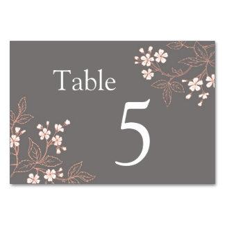Tarjetas florales coralinas grises del número de l