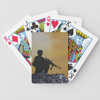 "Tarjetas, póker que juega, soldado ""en guardia "" baraja de cartas"