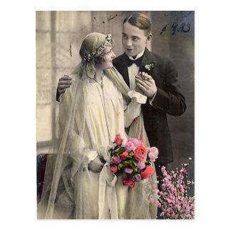 Tarjetas preciosas de novia y del novio de la tarjetas postales