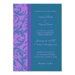 Tarjetas púrpuras de la invitación del boda de la