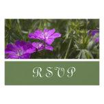 Tarjetas púrpuras de RSVP de la flor Anuncios