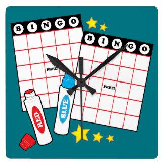 Tarjetas y marcadores del bingo reloj cuadrado
