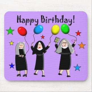 Tarjetas y regalos del feliz cumpleaños de la monj tapete de ratón
