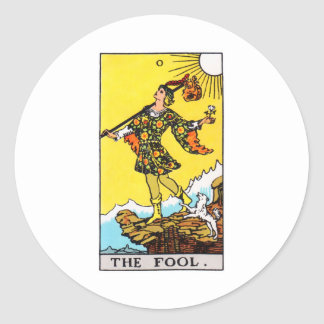 tarot-fool classic round sticker