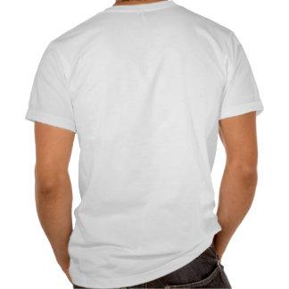 Tarpón travieso de las aguas en la camisa para hom