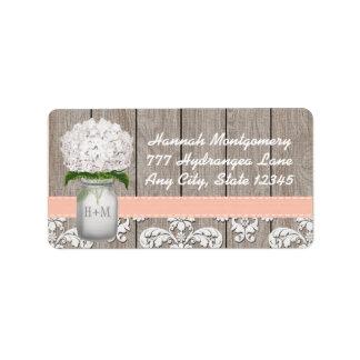 Tarro de albañil con monograma del Hydrangea blanc Etiqueta De Dirección
