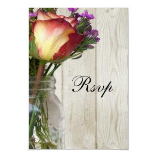 Tarro de albañil w/Rose y Wildflowers Invitación 8,9 X 12,7 Cm