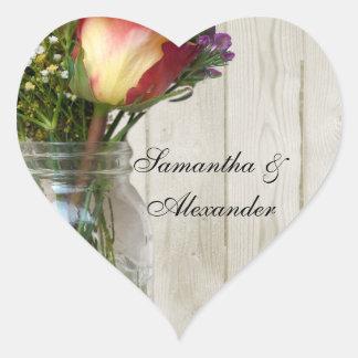 Tarro de albañil w/Rose y Wildflowers Pegatina En Forma De Corazón
