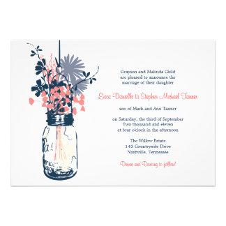 Tarro de albañil y flores salvajes invitaciones personales