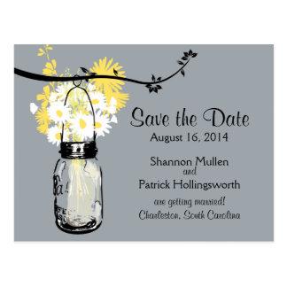 Tarro de albañil y Wildflowers que casan invitacio Tarjetas Postales