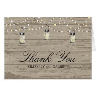 Tarro y luces de madera rústicos de albañil tarjeta pequeña