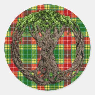 Tartán de Buchanan del clan y árbol de la vida Pegatina Redonda
