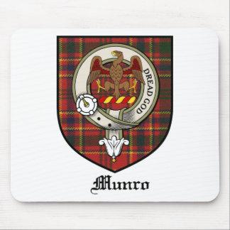 Tartán de la insignia del escudo del clan de Munro Alfombrillas De Raton