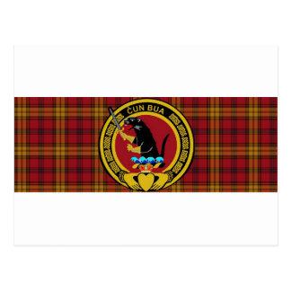 Tartán del clan de Rourke grande con el escudo gra Tarjetas Postales