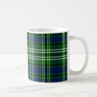 Tartán del escocés de Spottiswood Taza Básica Blanca