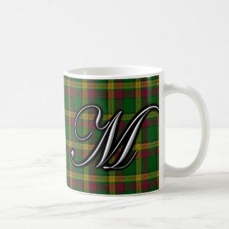 Tartán del monograma de la letra M de MacMillan Taza Básica Blanca